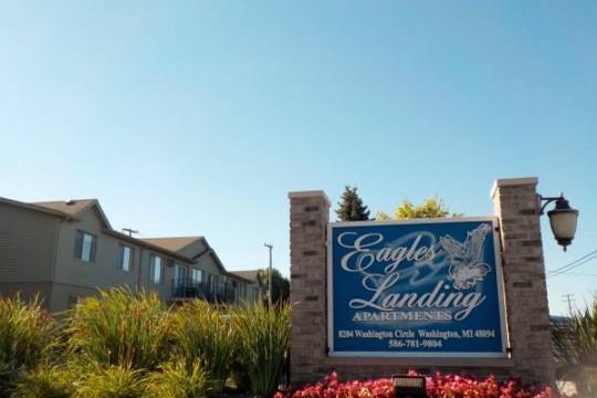 Eagle's Landing Apartments   586-781-9804