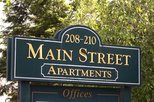 Manchester Main Apartments   860-875-9500