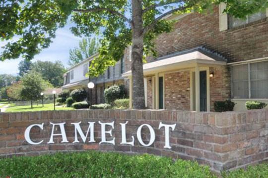 Camelot Apartments   870-536-5800