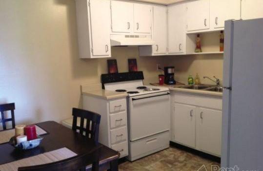 Harvest Properties Pegasus Place Apartments